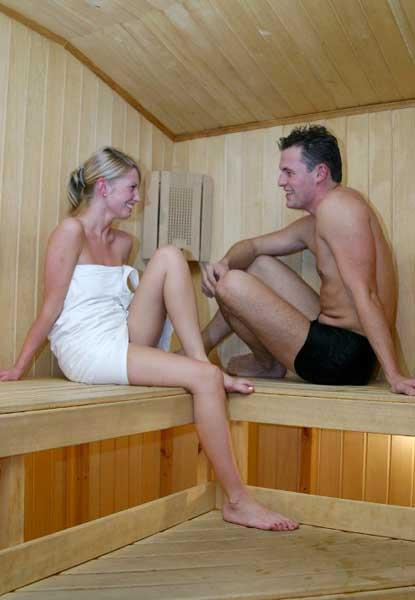 Женщины в сибирской бане — pic 1